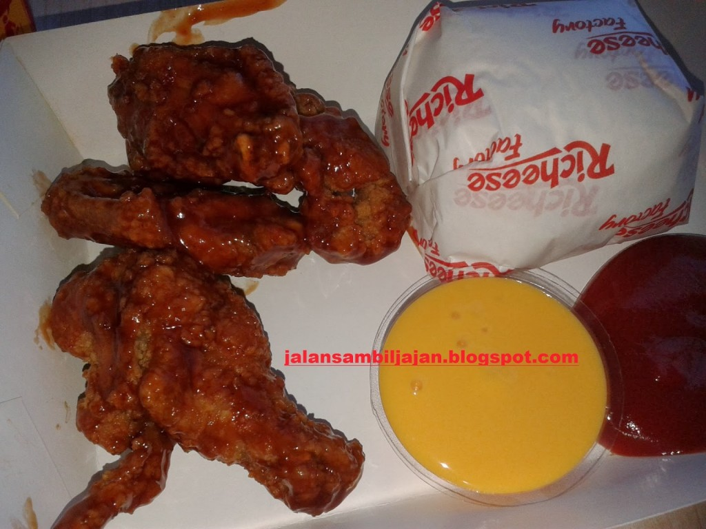 Combo 5 Chicken Fire Wings Fruit Lava Richeese Factory Surabaya